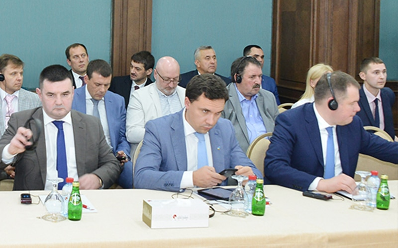 Ukraine-invites-Qatari-investors-009